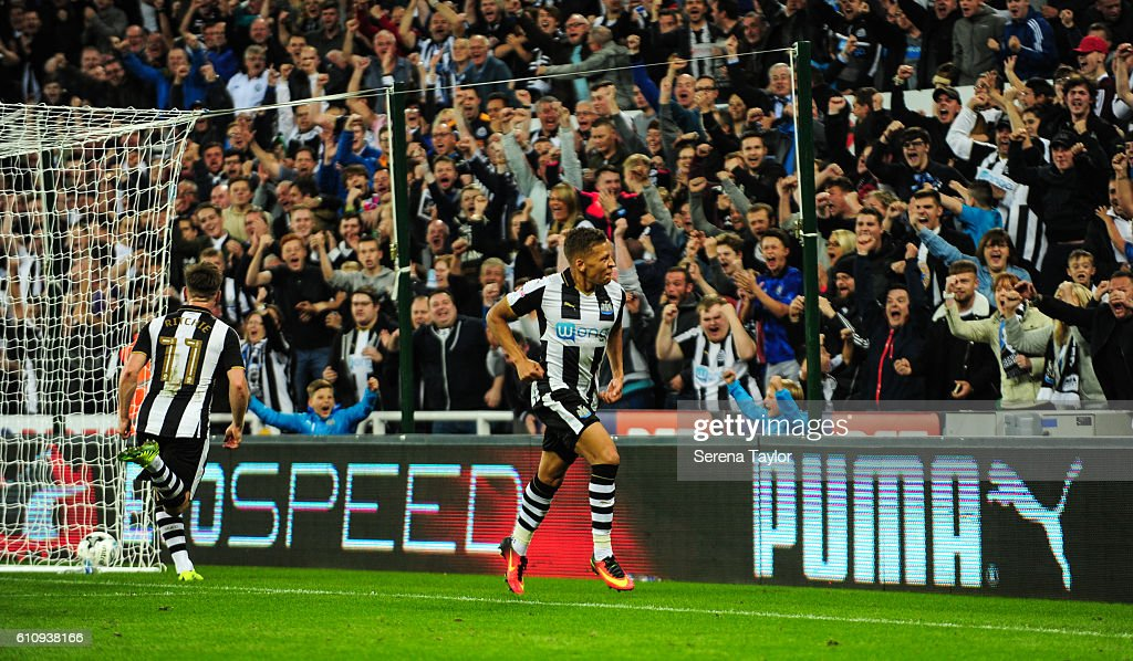 Dwight Gale of Newcastle United (09) celebrates after scoring the opening goal during the Sky Bet Championship match between Newcastle United and Norwich City at St.James' Park on September 28, 2016 in Newcastle upon Tyne, England.