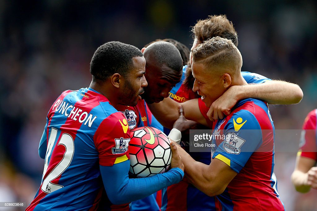 Crystal Palace v Stoke City - Premier League : News Photo