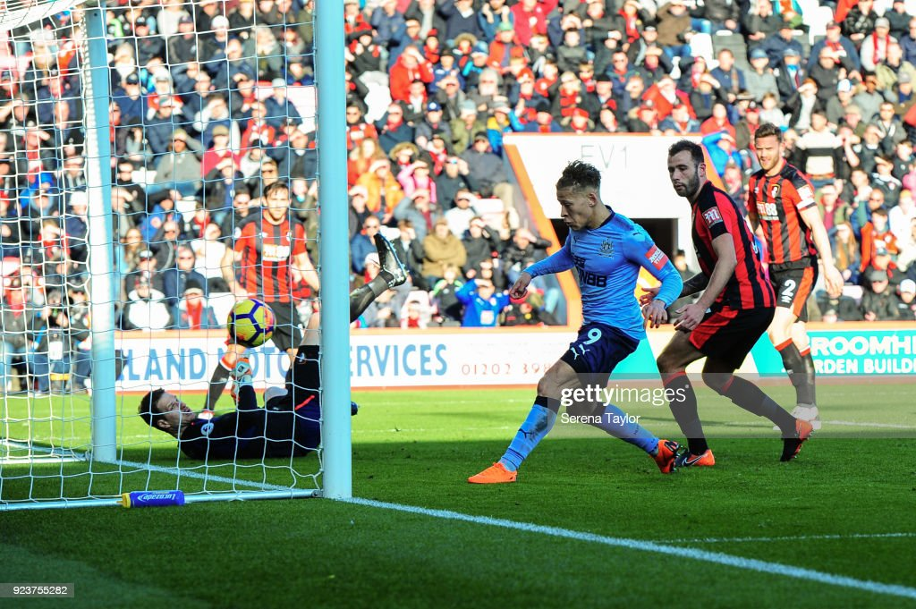 Dwight Gayle of Newcastle United scores his second goal during the Premier League match between AFC Bournemouth and Newcastle United at Vitality Stadium on February 24, 2018, in Bournemouth, England.