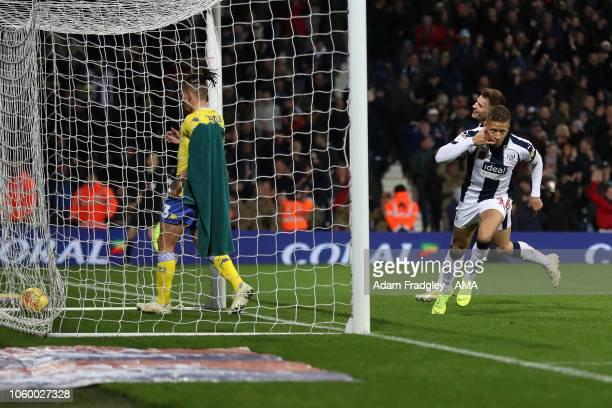 Dwight Gayle of West Bromwich Albion scores a goal to make it 4-0 during the Sky Bet Championship match between West Bromwich Albion and Leeds United...