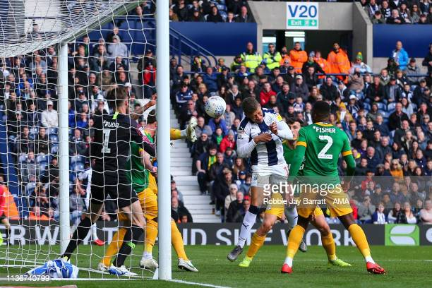 Dwight Gayle of West Bromwich Albion scores a goal to make it 4-0 during the Sky Bet Championship match between West Bromwich Albion and Preston...