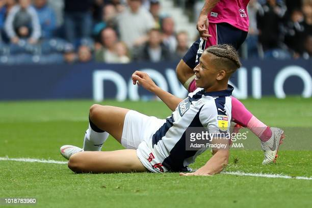 Dwight Gayle of West Bromwich Albion scores a goal to make it 4-1 during the Sky Bet Championship match between West Bromwich Albion and Queens Park...