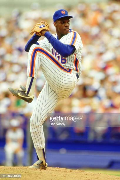 995 Dwight Gooden Photos And Premium High Res Pictures Getty Images