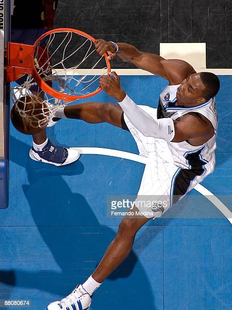 Dwight Howard of the Orlando Magic dunks against the Cleveland Cavaliers in Game Six of the Eastern Conference Finals during the 2009 NBA Playoffs at...