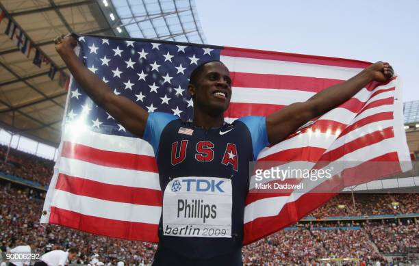 Dwight Phillips of United States celebrates winning the gold medal in the men's Long Jump Final during day eight of the 12th IAAF World Athletics...