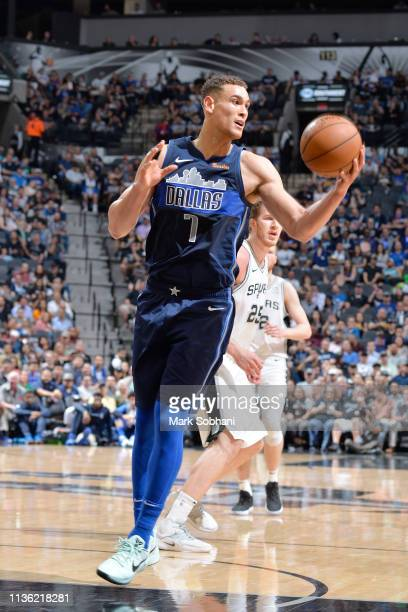 Dwight Powell of the Dallas Mavericks handles the ball during the game against the San Antonio Spurs on April 10 2019 at the ATT Center in San...