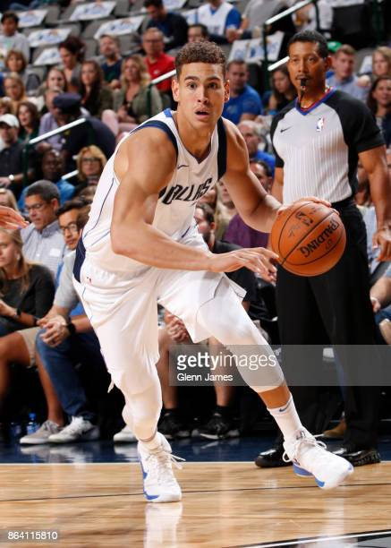 Dwight Powell of the Dallas Mavericks handles the ball during the game against the Sacramento Kings on October 20 2017 at the American Airlines...