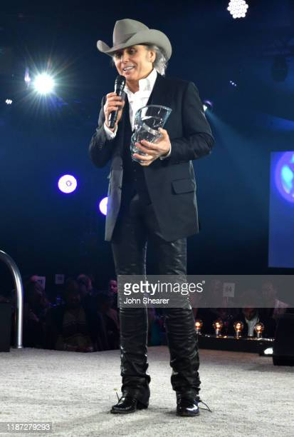 Dwight Yoakam speaks during BMI presents Dwight Yoakam with President's Award at 67th Annual Country Awards Dinner at BMI on November 12 2019 in...