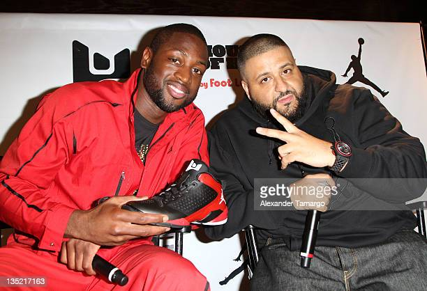 Dwyane wade footwear launch at dadeland mall stock photos and dwyane wade and dj khaled meet and greet fans and discuss dwyane wades footwear jordan fly m4hsunfo