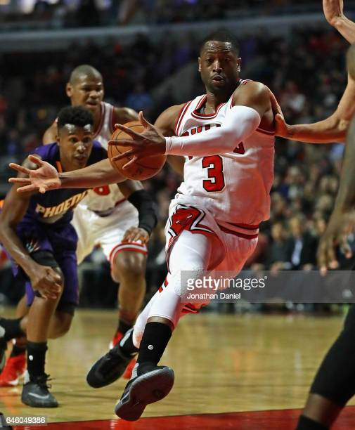 Dwyane Wade of the Chicago Bulls drives to the basket against the Phoenix Suns at the United Center on February 24 2017 in Chicago Illinois NOTE TO...