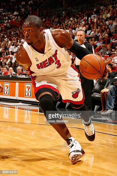 Dwyane Wade of the Miami Heat drives against the New York Knicks on October 28, 2009 at American Airlines Arena in Miami, Florida. The Heat won...