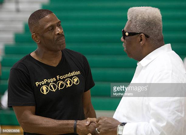 Dwyane Wade Sr and Pastor Davis at the Propops Foundation Fathers Day Weekend on June 18 2016 in Miami Florida