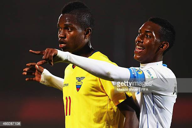 Dylan Andrade of Honduras defends Jhon Pereira of Ecuador during the FIFA U17 Men's World Cup Chile 2015 group D match between Honduras and Ecuador...