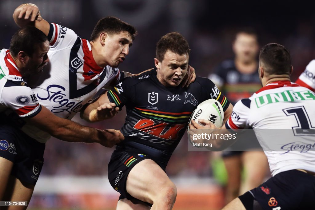 NRL Rd 13 - Panthers v Roosters : News Photo