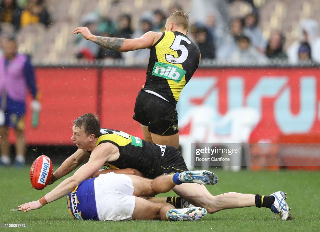 AFL Rd 22 - Richmond v West Coast : News Photo