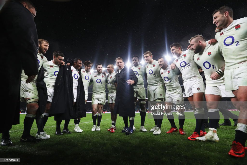 Dylan Hartley of England talks to his team during a huddle after the Old Mutual Wealth Series match between England and Australia at Twickenham Stadium on November 18, 2017 in London, England.