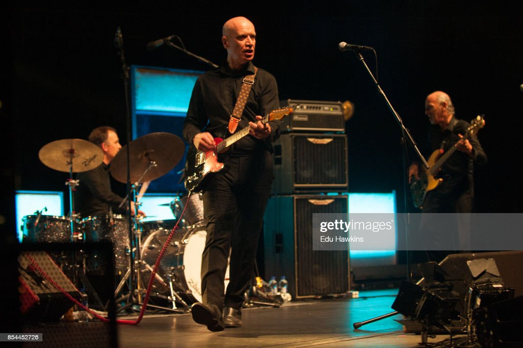 Wilko Johnson Performs At The Royal Albert Hall : News Photo