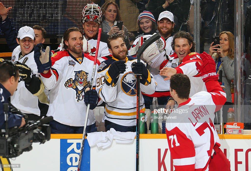 2016 Honda NHL All-Star Skill Competition - Bridgestone NHL Fastest Skater : News Photo