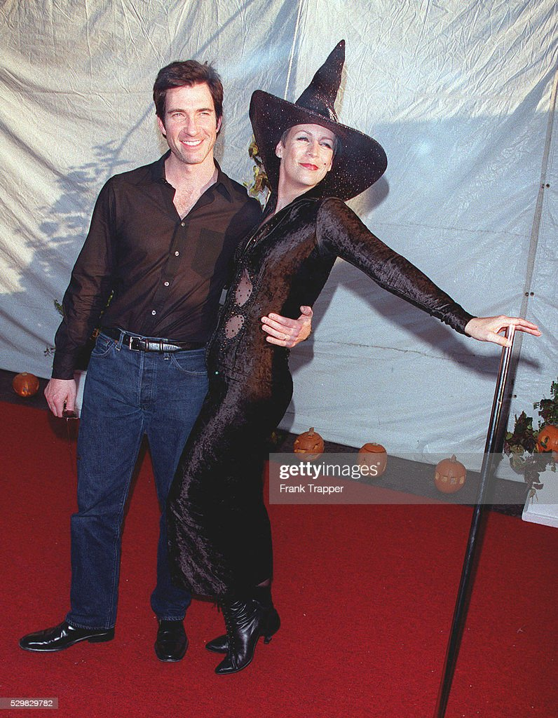 dylan mcdermott and jamie lee curtis chief of the coven at this charity halloween party