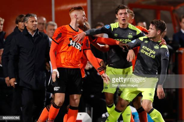 Dylan Mertens of FC Volendam Marco van Ginkel of PSV Sam Lammers of PSV Kevin Visser of FC Volendam during the Dutch KNVB Beker match between FC...