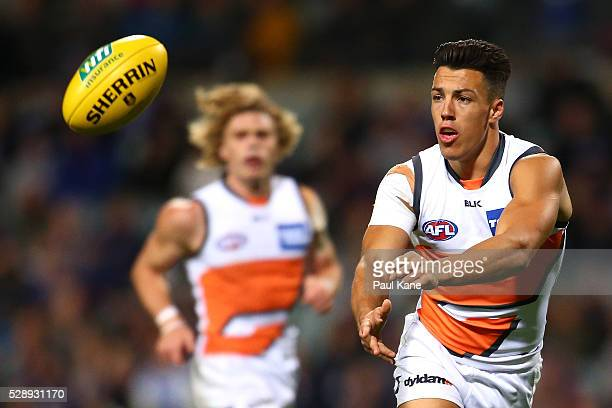 Dylan Shiel of the Giants handballs during the round seven AFL match between the Fremantle Dockers and the Greater Western Sydney Giants at Domain...