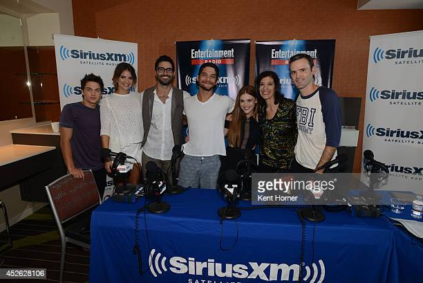 Dylan Sprayberry Shelley Hennig Tyler HoechlinTyler Posey and Holland Roden pose with radio hosts Dalton Ross and Jessica Shaw after being...