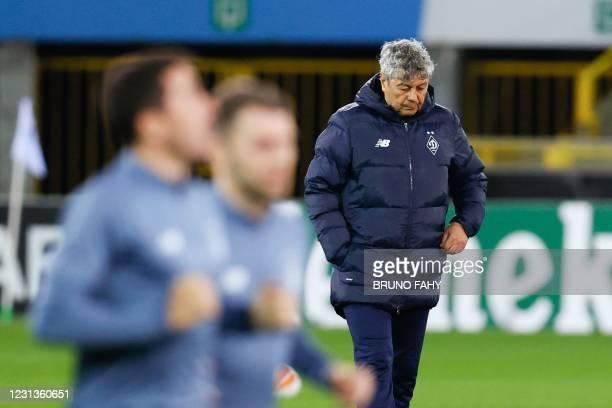 Dynamo Kiev's Romanian head coach Mircea Lucescu leads a training session, in Bruges on February 24 on the eve of the Europa League football match...