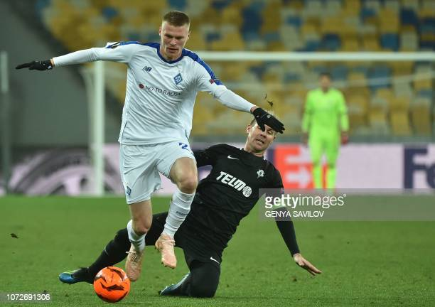 Dynamo Kiev's Ukrainian defender Mykyta Burda and Jablonec's Czech midfielder Tomas Hubschman vie for a ball during the UEFA Europa League Group K...