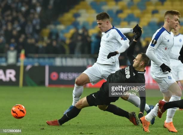 Dynamo Kiev's Ukrainian forward Artem Biesiedin and Jablonec's Czech defender David Lischka vie for the ball during the UEFA Europa League Group K...