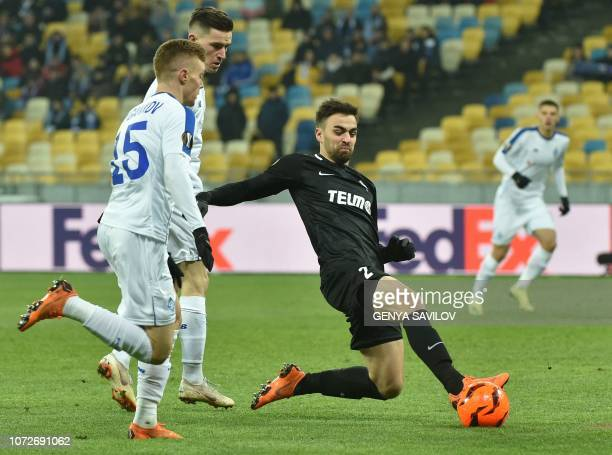 Dynamo Kiev's Ukrainian midfielder Serhiy Sydorchuk and Jablonec's Czech defender David Hovorka vie for the ball during the UEFA Europa League Group...