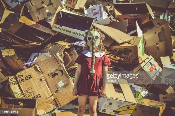 dystopia - 環境問題 ストックフォトと画像