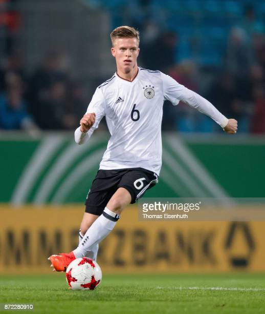 Dzenis Burnic of Germany plays the ball during the Under 20 International Friendly match between U20 of Germany and U20 of Italy at community4you...