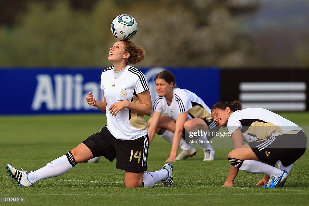 President Wulff Visits German Women's National Team