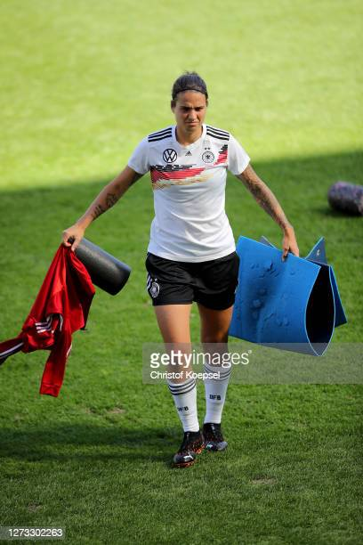 Dzsenifer Marozsan attends a Germany Women's training session at Stadion Essen on September 18 2020 in Essen Germany