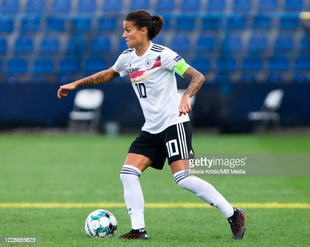 Dzsenifer Marozsan of Germany comes forward on the ball during the UEFA Women's EURO 2022 Qualifier match between Montenegro and Germany at Pod...