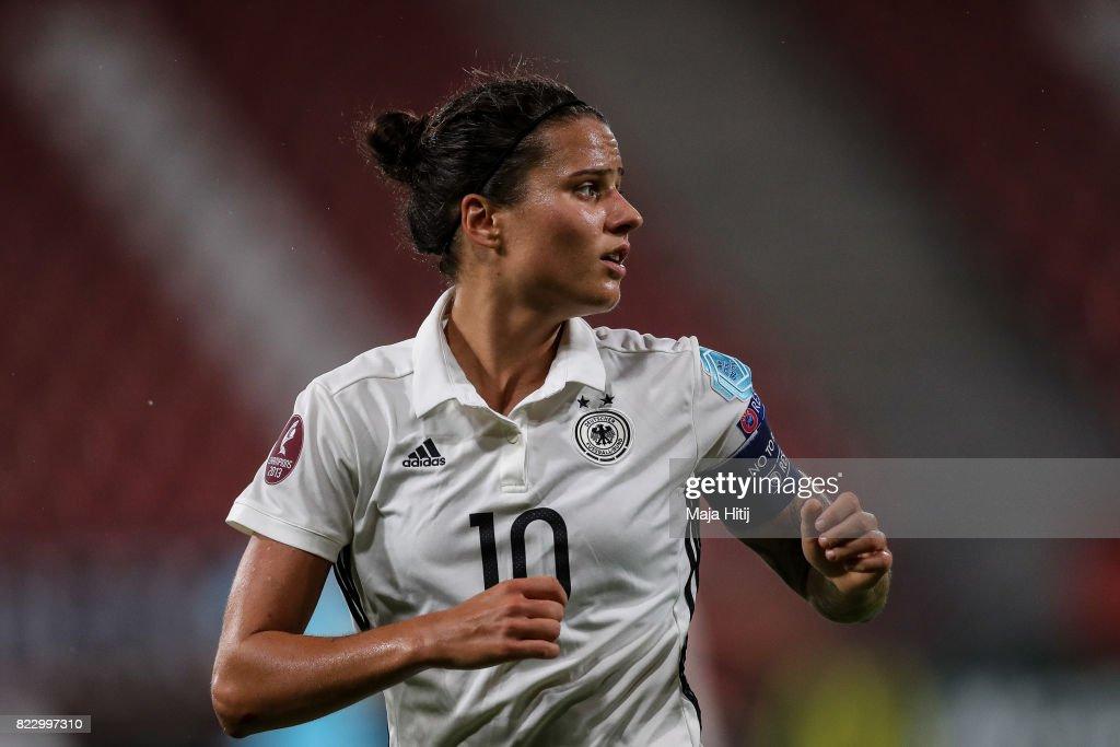 Russia v Germany - UEFA Women's Euro 2017: Group B : News Photo