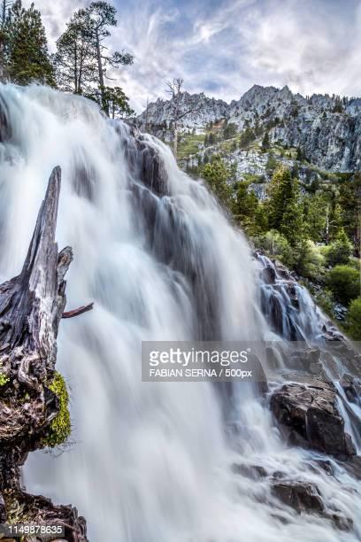 eagle falls - サウスレイクタホ ストックフォトと画像