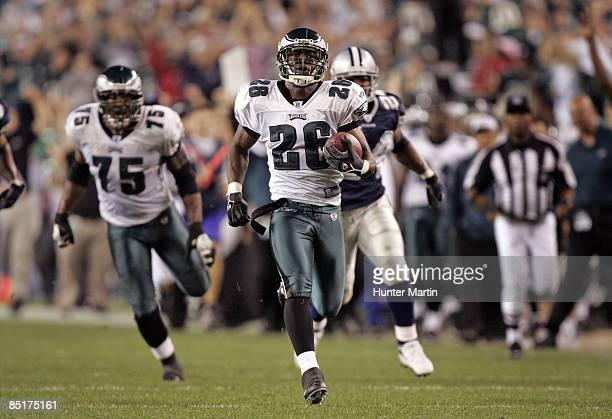 Eagles cornerback Lito Sheppard runs back an interception for a touchdown in the final minute of the game between the Dallas Cowboys and the...