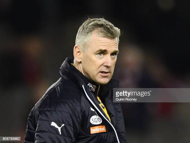 Eagles head coach Adam Simpson looks on during the round 20 AFL match between the St Kilda Saints and the West Coast Eagles at Etihad Stadium on...