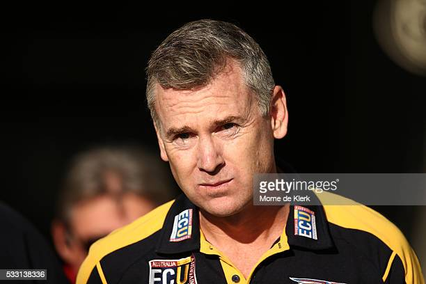 Eagles head coach Adam Simpson looks on during the round nine AFL match between the Port Adelaide Power and the West Coast Eagles at Adelaide Oval on...