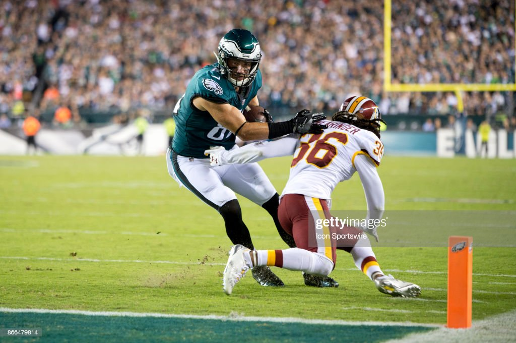 NFL: OCT 23 Redskins at Eagles : News Photo