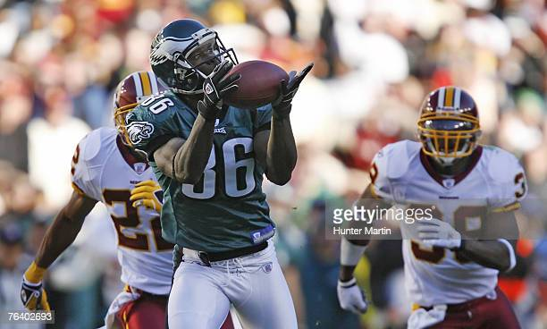 Eagles wide receiver Reggie Brown catches a pass during the game between the Philadelphia Eagles and the Washington Redskins at FedEx Field in...