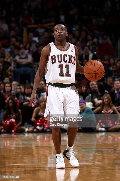Earl Boykins of the Milwaukee Bucks handles the ball against the Chicago Bulls on February 26 2011 at the Bradley Center in Milwaukee Wisconsin NOTE...