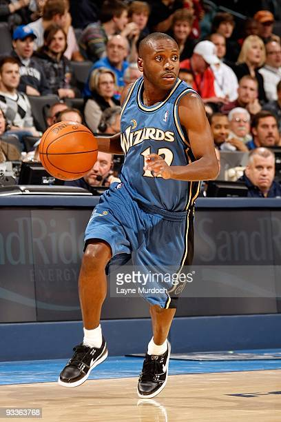 Earl Boykins of the Washington Wizards handles the ball against the Oklahoma City Thunder during the game on November 20 2009 at the Ford Center in...