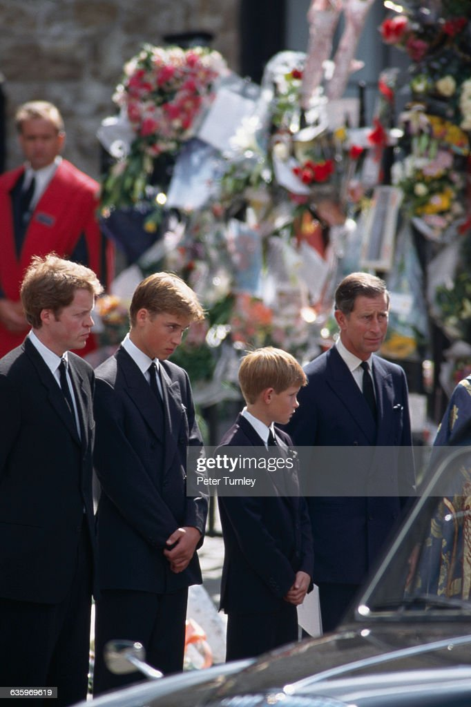earl charles spencer the younger brother of princess diana stands news photo getty images https www gettyimages com detail news photo earl charles spencer the younger brother of princess diana news photo 635969619