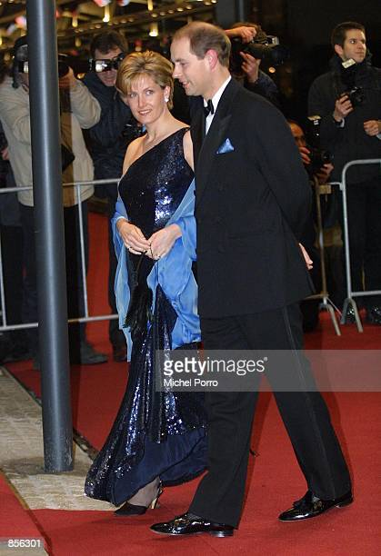 Earl Edward and Countess Sophie of Wessex arrive at the Royal Palace January 31 2002 in Amsterdam Netherlands for a dinner party hosted by Dutch...