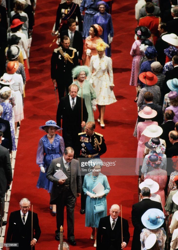 Earl Spencer with Queen Elizabeth II, Frances Shand-Kydd, Pr : News Photo