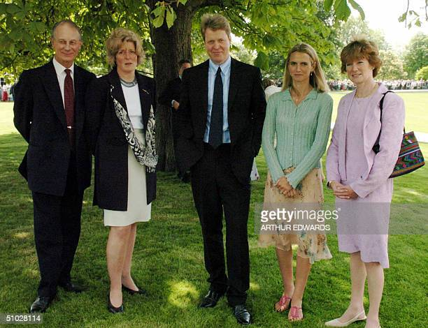 Earl Spencer with Sir William Fellowes Lady Jane Fellowes Lady Spencer and Lady Sarah Macorquadale after the unveiling ceremony for the Princess...