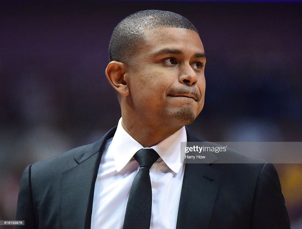 Earl Watson of the Phoenix Suns watches play during a 98-94 preseason win over the Los Angeles Lakers at Honda Center on October 21, 2016 in Anaheim, California.