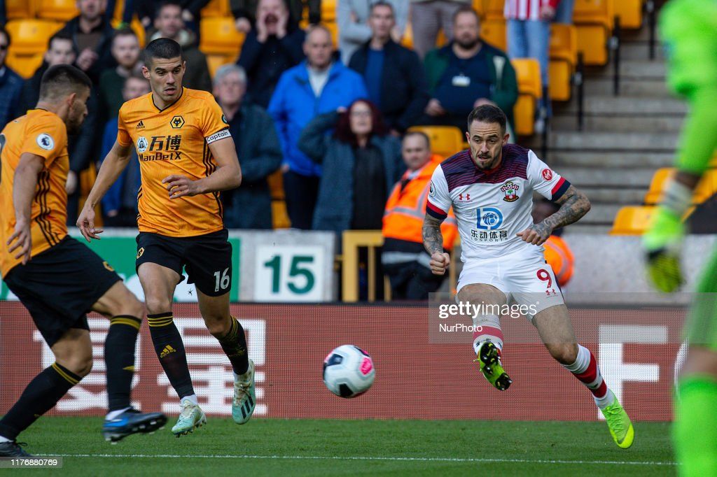 Wolverhampton Wanderers v Southampton FC - Premier League : News Photo